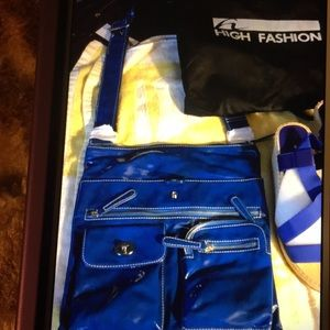 NWT HIGH FASHION BLUE PATENT LEATHER BAG/SANDAL 9M